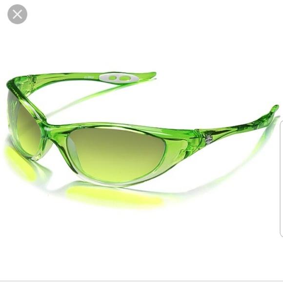 a9ca2b761f Spy Micro Scoop Sunglasses. M 5b2b10c4df0307a71df0629b